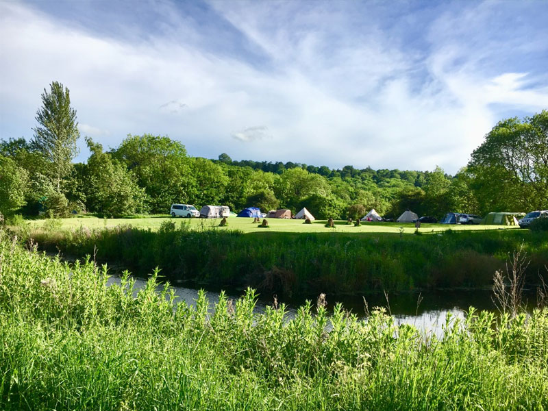 Camping and Glamping in The Cotswolds